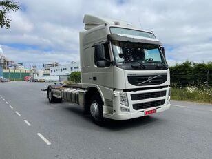 грузовик штора VOLVO FM 330 EURO 5 19T