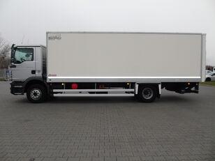 изотермический фургон MAN TGM 15.250 KONTENER ŁAD.7.600kg WINDA
