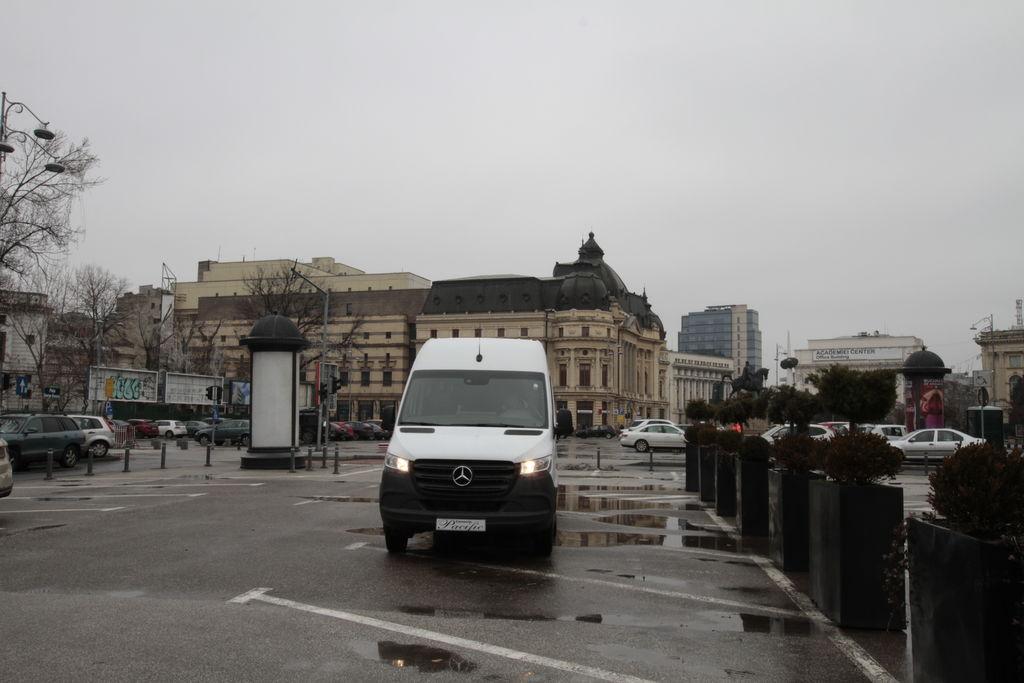 новый пассажирский микроавтобус MERCEDES-BENZ IDILIS 516 *COC*